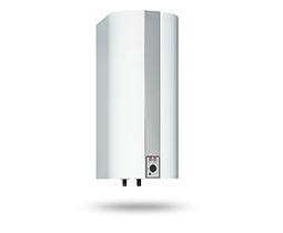 Montering af varmtvandsbeholder på Fyn