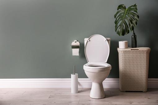 Toilet der løber